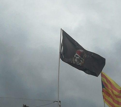 Drapeau Pirate des Caraïbes photo review