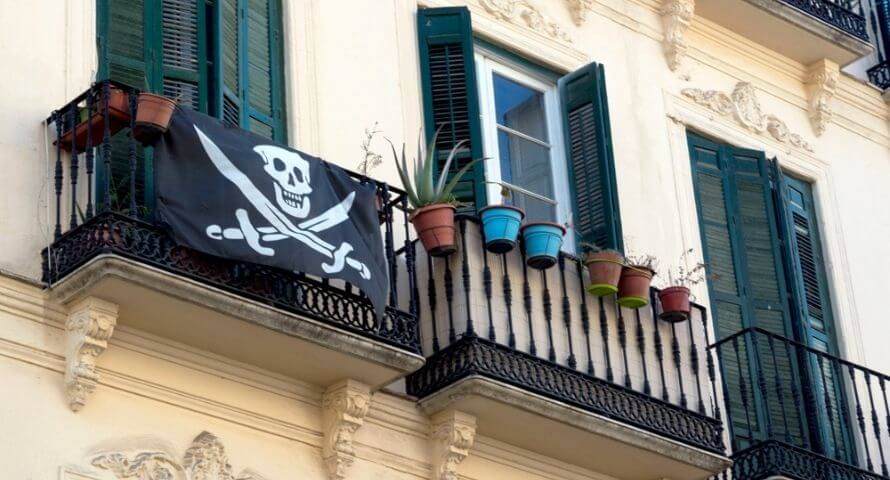 Décoration Drapeau Pirate Jolly Roger